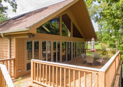Barefoot Properties | Kentucky Lake Vacation Rentals | Lake House | Lake View | Outdoor Dining Area