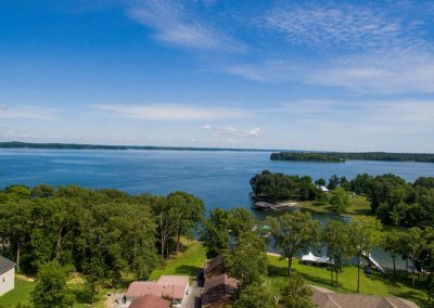 Barefoot Properties | Kentucky Lake Vacation Rentals | Lake House | Lake View | Private Dock