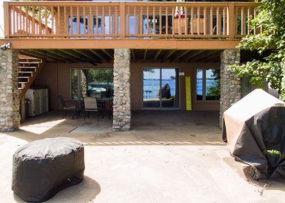 Barefoot Properties | Kentucky Lake Vacation Rentals | Lake House | Lake View | Covered Porch Area