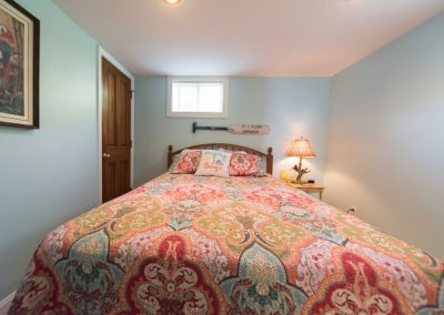 Barefoot Properties | Kentucky Lake Vacation Rentals | Lake Cottage | Bedroom