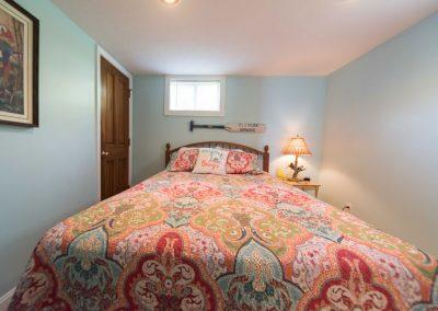 Barefoot Properties | Kentucky Lake Vacation Rentals | Lake Cottage | Bedroom