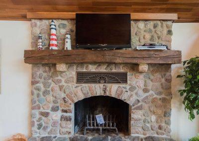 Barefoot Properties | Kentucky Lake Vacation Rentals | Lake Cottage | Stone Fireplace