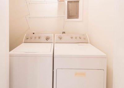 Barefoot Properties | Kentucky Lake Vacation Rentals | Lake House | washer & dryer