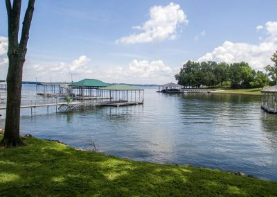 Barefoot Properties | Kentucky Lake Vacation Rentals | Lake House | Private Dock