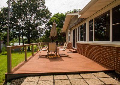 Barefoot Properties | Kentucky Lake Vacation Rentals| Outdoor Dining Area