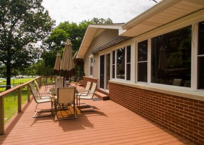 Barefoot Properties | Kentucky Lake Vacation Rentals| Outdoor Dining Area