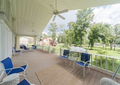 Barefoot Properties | Kentucky Lake Vacation Rentals | Lake House | Outdoor Living Area