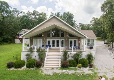 Barefoot Properties | Kentucky Lake Vacation Rentals | Lake Cottage | Lake View