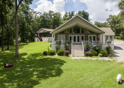 Barefoot Properties | Kentucky Lake Vacation Rentals | Lake Cottage | Lake View | Covered Patio