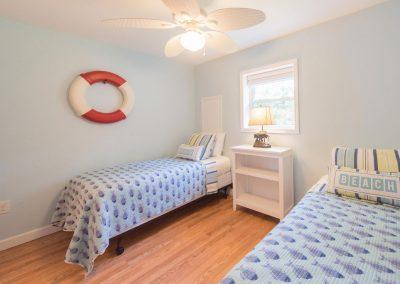 Barefoot Properties | Kentucky Lake Vacation Rentals | Lake House | Lake View | Bedroom