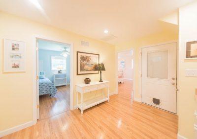 Barefoot Properties | Kentucky Lake Vacation Rentals | Lake House | Lake View | Hallway