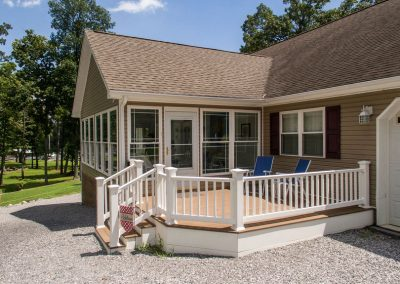 Barefoot Properties | Kentucky Lake Vacation Rentals | Lake House | Porch