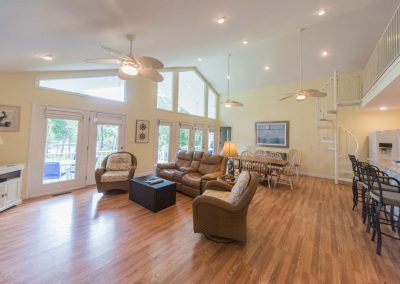 Barefoot Properties | Kentucky Lake Vacation Rentals | Lake House | Great Room