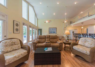 Barefoot Properties | Kentucky Lake Vacation Rentals | Lake House | Great Room