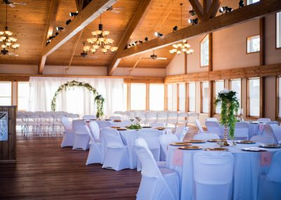 Barefoot Properties | Kentucky Lake Vacation Rentals | Short & Long Term Rentals | Birmingham Pointe Event Center | Kentucky Lake Wedding Venue