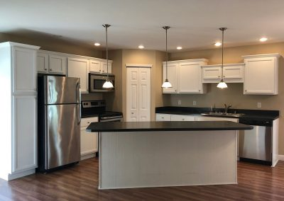Barefoot Properties | Kentucky Lake Vacation Rentals | Short & Long Term Rentals | Lake Cottage | Kitchen